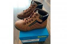 Richter Fiú cipő szép,megkímélt állapotban