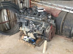 Scania 124G motor bontva
