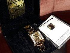 Svájci arany luxus női ékszer karóra, gyémánt jellegű köves óra
