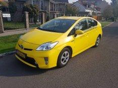 Taxi Kiadó!Toyota Prius Hybrid Taxisofőröket felveszünk!