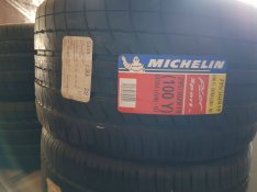 Teljesen új Michelin Pilot Sport 295/30ZR19 gumi eladó