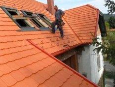 Tetőfedő, ács, bádogos, tetőjavítást Tetőfedés és munkákat vállalunk