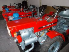 Tzk t4k tz4k kerti traktorok azonnal munkára fogható állapotban eladók