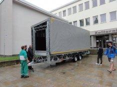 Új (7,5 x 5 méteres) 3500 kg-os színpados utánfutó - Akár pályázattal