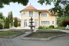 XVI. Kerület, Gusztáv utca, 259 m2-es, családi ház, 6 szobás