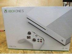 Xbox One S / Slim 1 TB-os Teljesen kompletten! Legjobb ár!