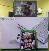 Xbox one s 1TB 2021.07ig gyári garancia + aksi + töltő + 1 játék újsz