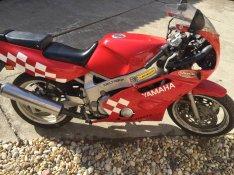 Yamaha fzr400 alkatrész