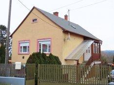 Zalaegerszeg Pózván kétszintes családi ház eladó