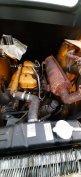 unc-061 csúszókormányos rakodó