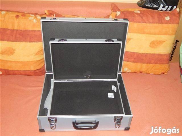 2+2 db új, zárható alumínium szerszámos bőrönd eladó