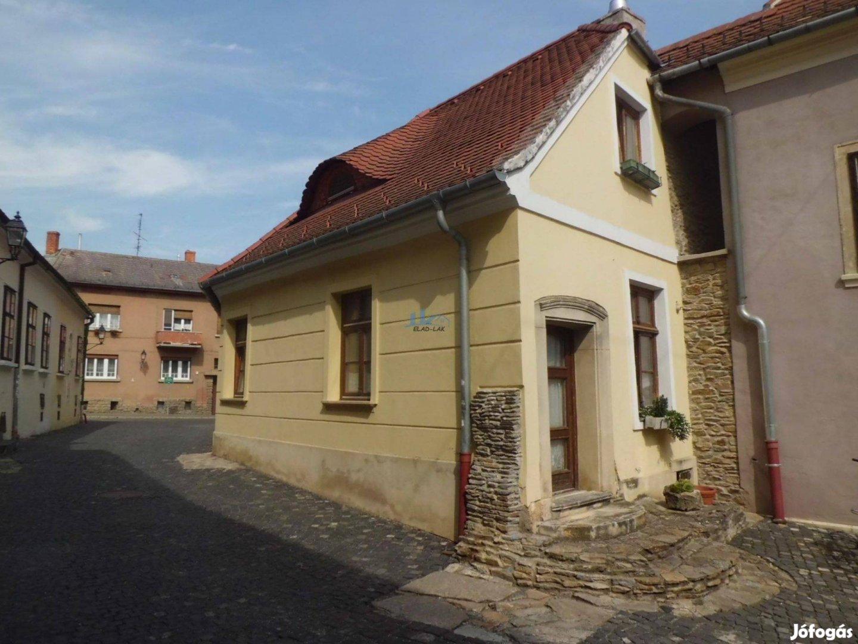 370 m2-es 3 lakásos barokk társasház Kőszeg