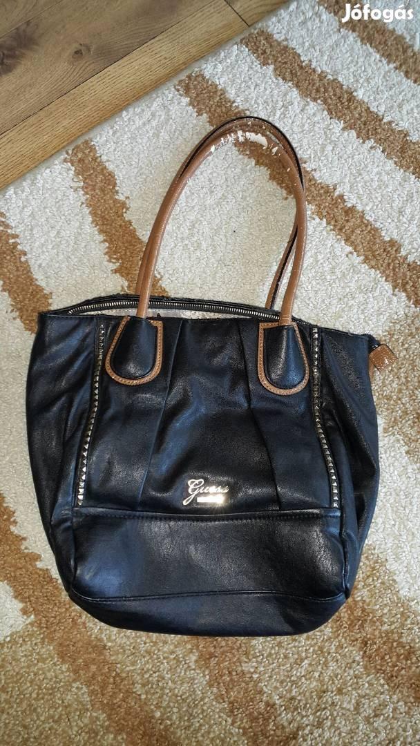 38x27cm eredeti Guess táska eladó! - Fót 38928acbf8