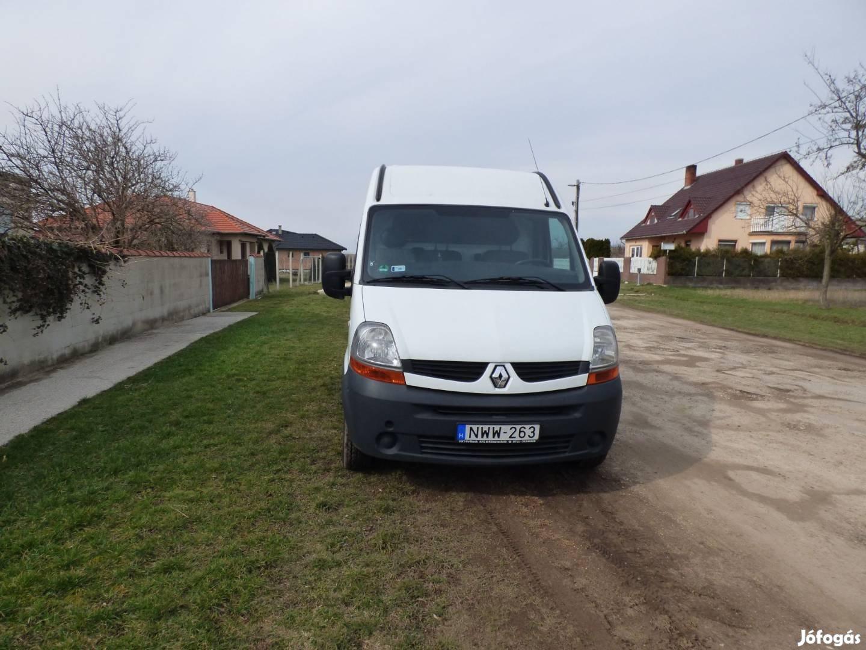 9 személyes kisbusz bérlés, mikrobuszbérlés, autóbérlés Veszprém,
