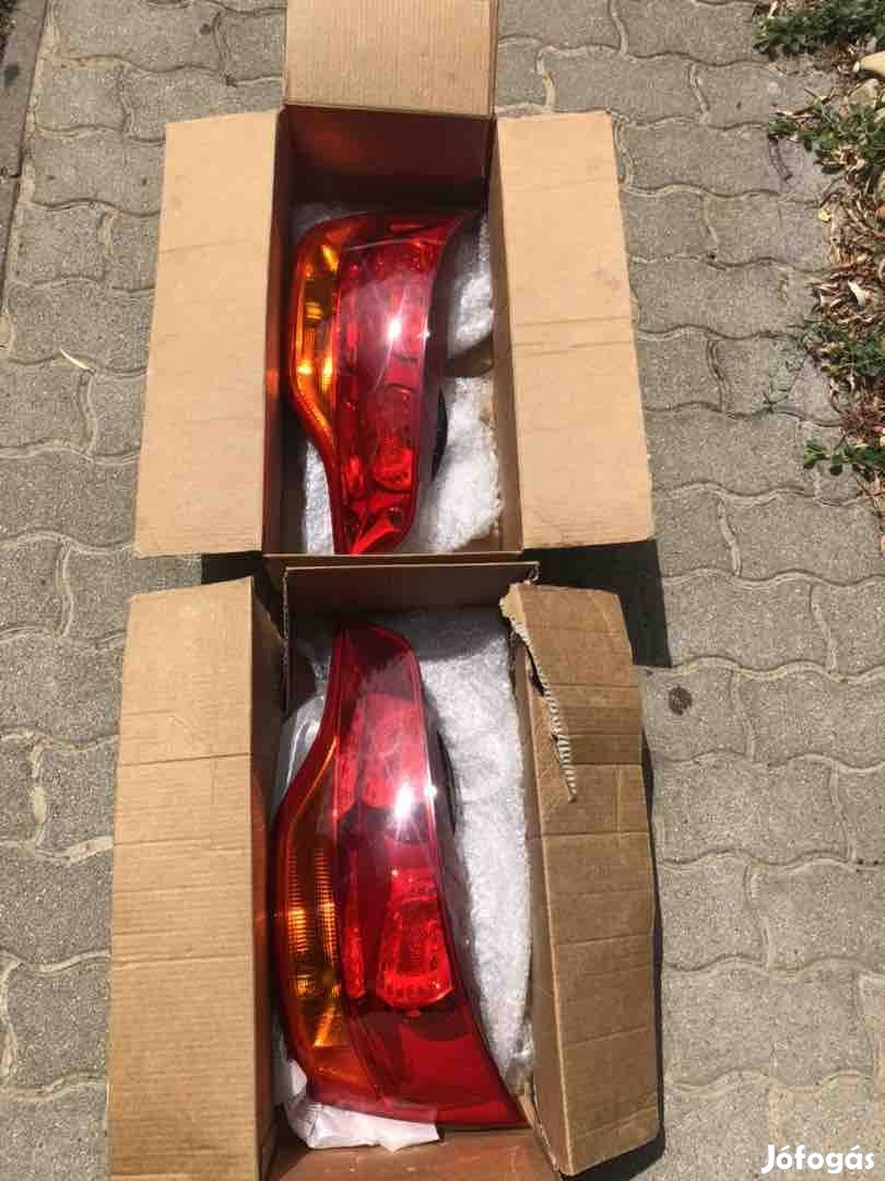 Audi Q7 hátsó lámpák nagyon szép állapotban !!