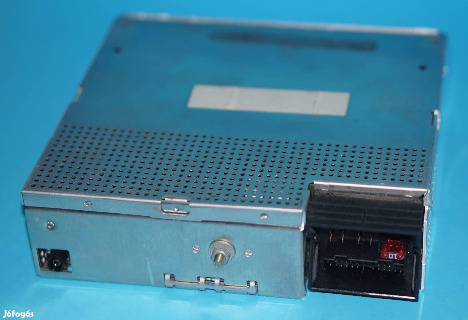 Becker BM54 és BM24 BMW Professional rádió egység javítása 1 óra alatt, 2. Kép
