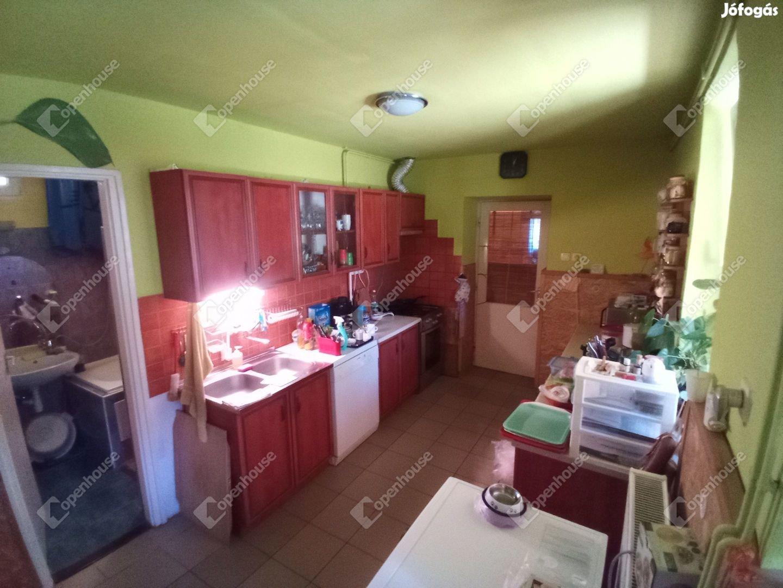 Békéscsaba, eladó családi ház