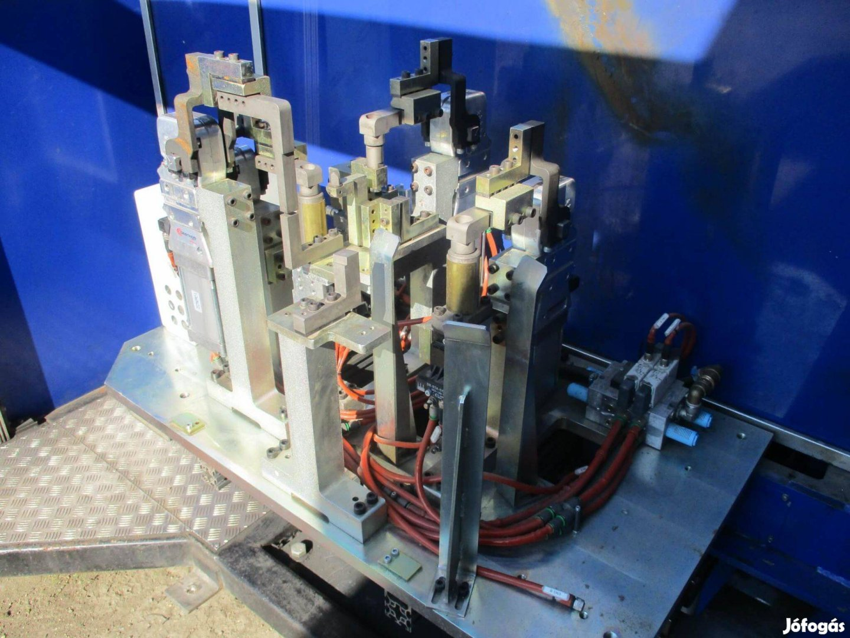 Eladó Használt Hegesztő Robot cella Robotcella Bauromat ( 1065)