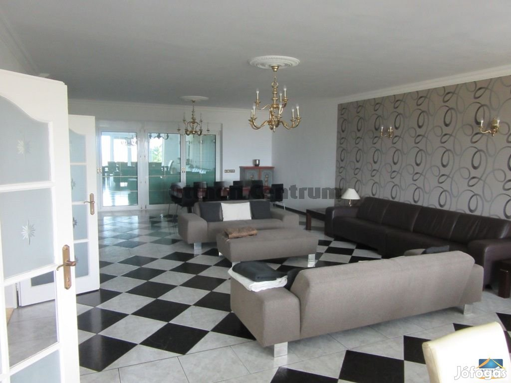 Eladó ház Budapest 12. ker., Svábhegy - Istenhegy
