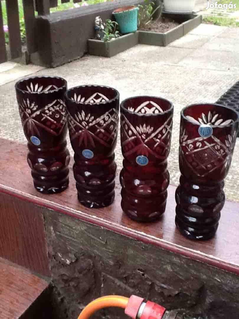 Eladó kristály vázák