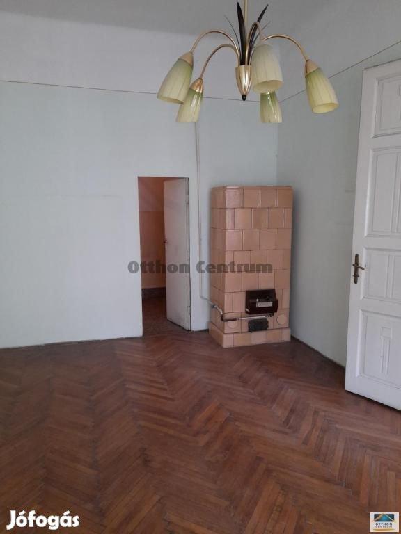 Eladó lakás Budapest 6. ker., Belső VI.