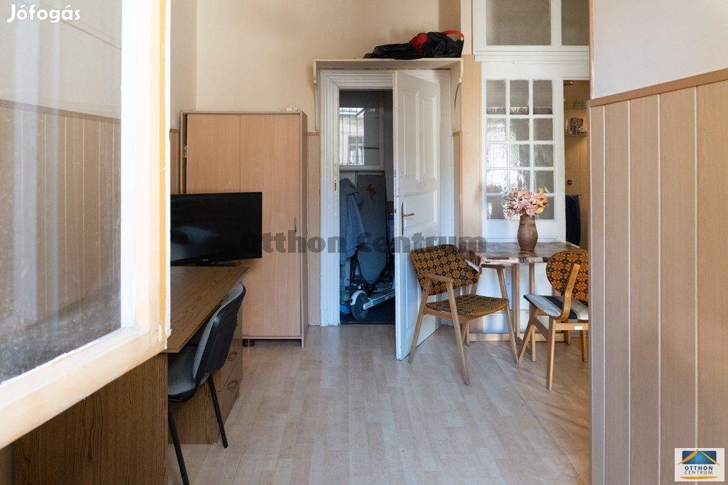 Eladó lakás Budapest 8. ker., Palotanegyed