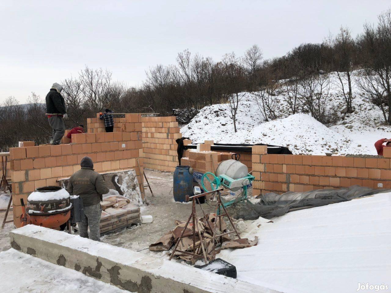 Építés , Felújítás , kőműves munkák Pest -Pest megyébe akár azonnal