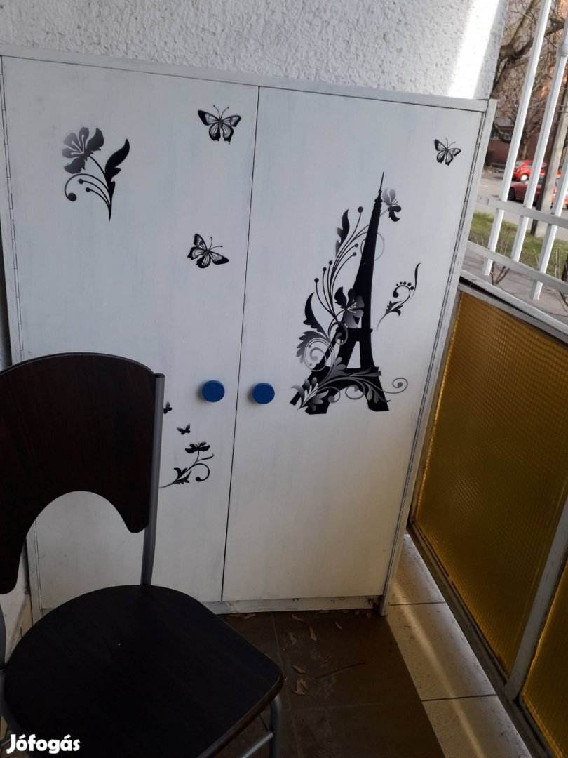 Fehér két ajtós vintage szekrények, 2. Kép