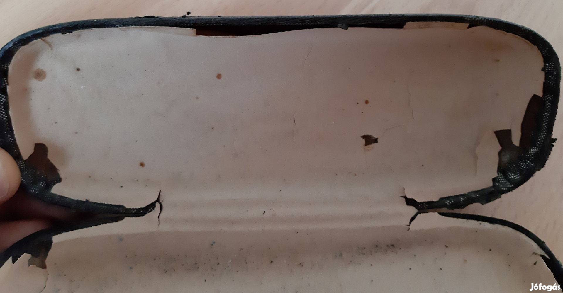 Fekete borítású Szemüveg tartó tok, 9. Kép