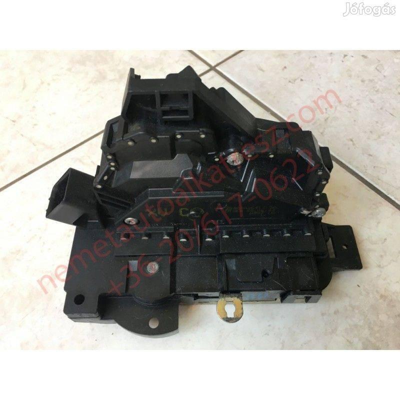 Ford Focus MK1 bal hátsó zárszerkezet 2S4A-A26413-DA
