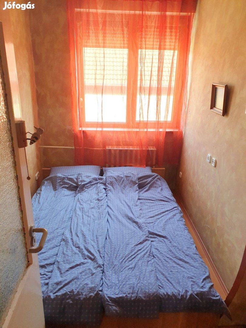 Gyálon 3 szobás, erkélyes lakás garázzsal eladó