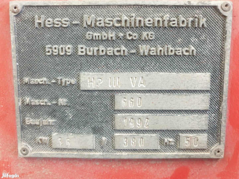 Hess HP III VA térkőgyártó gép