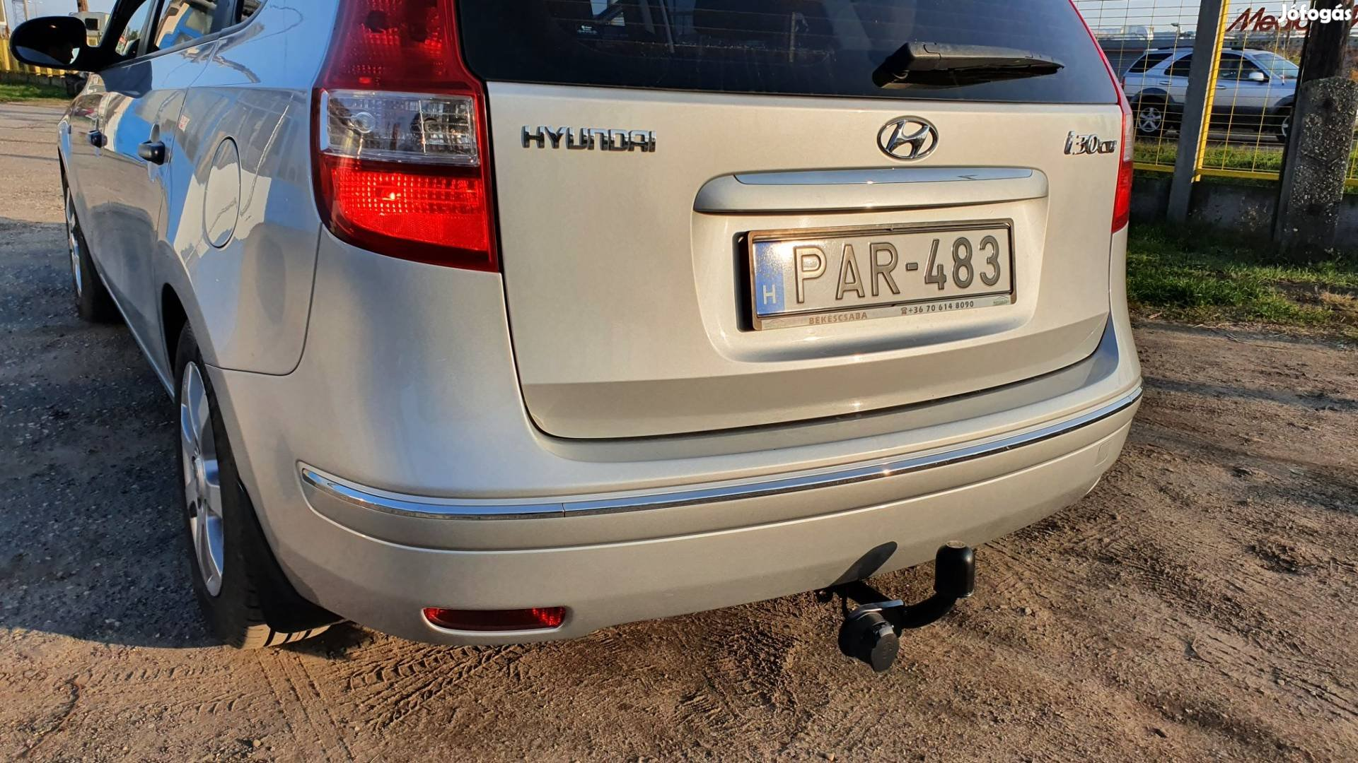 Hyundai i30cw vonóhorog.