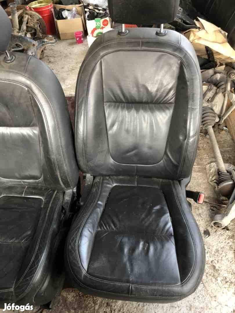 Jaguar XF ülés szett !!!