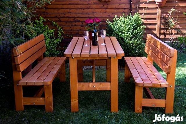 Jó árfekvésű kerti bútor garnitúra