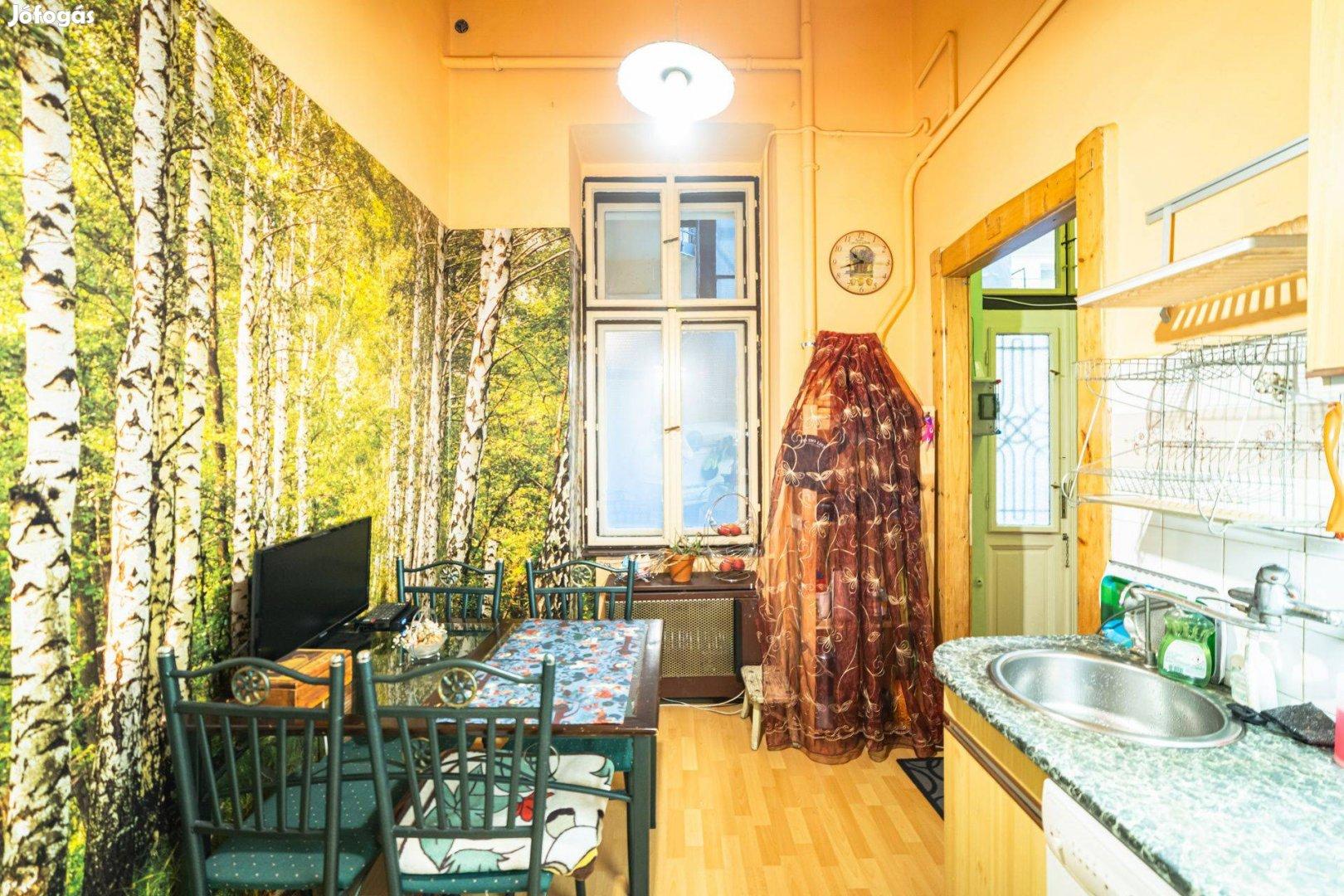 Két szobás 50 négyzetméteres eladó lakás a Karinthyn