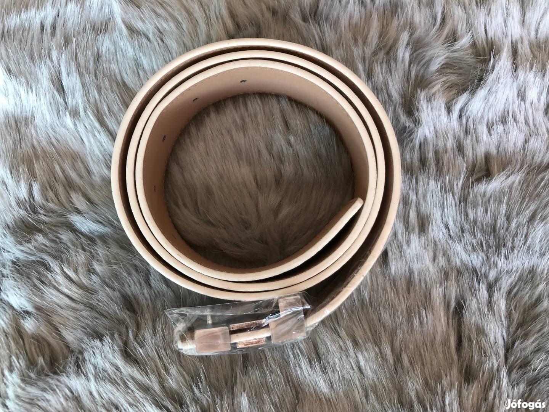 Louis Vuitton (LV) öv (replika), 2. Kép