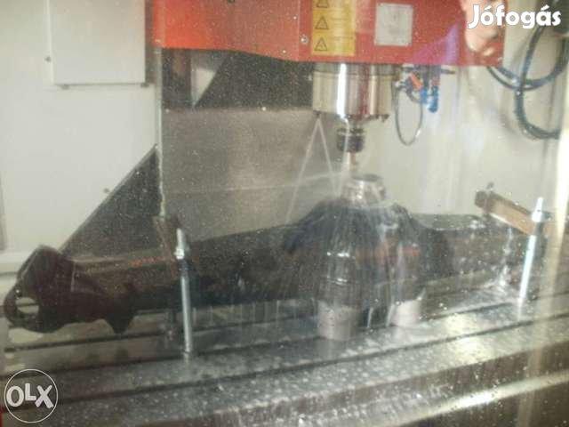 Manitou trágyavilla, kanál és betonkeverőkanál eladó