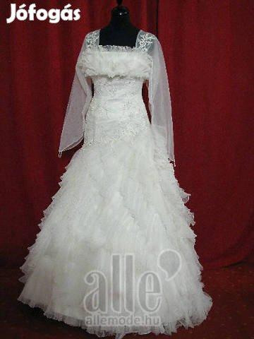 c166ada684 Menyasszonyi ruha, spanyol fazon - II. kerület, Budapest