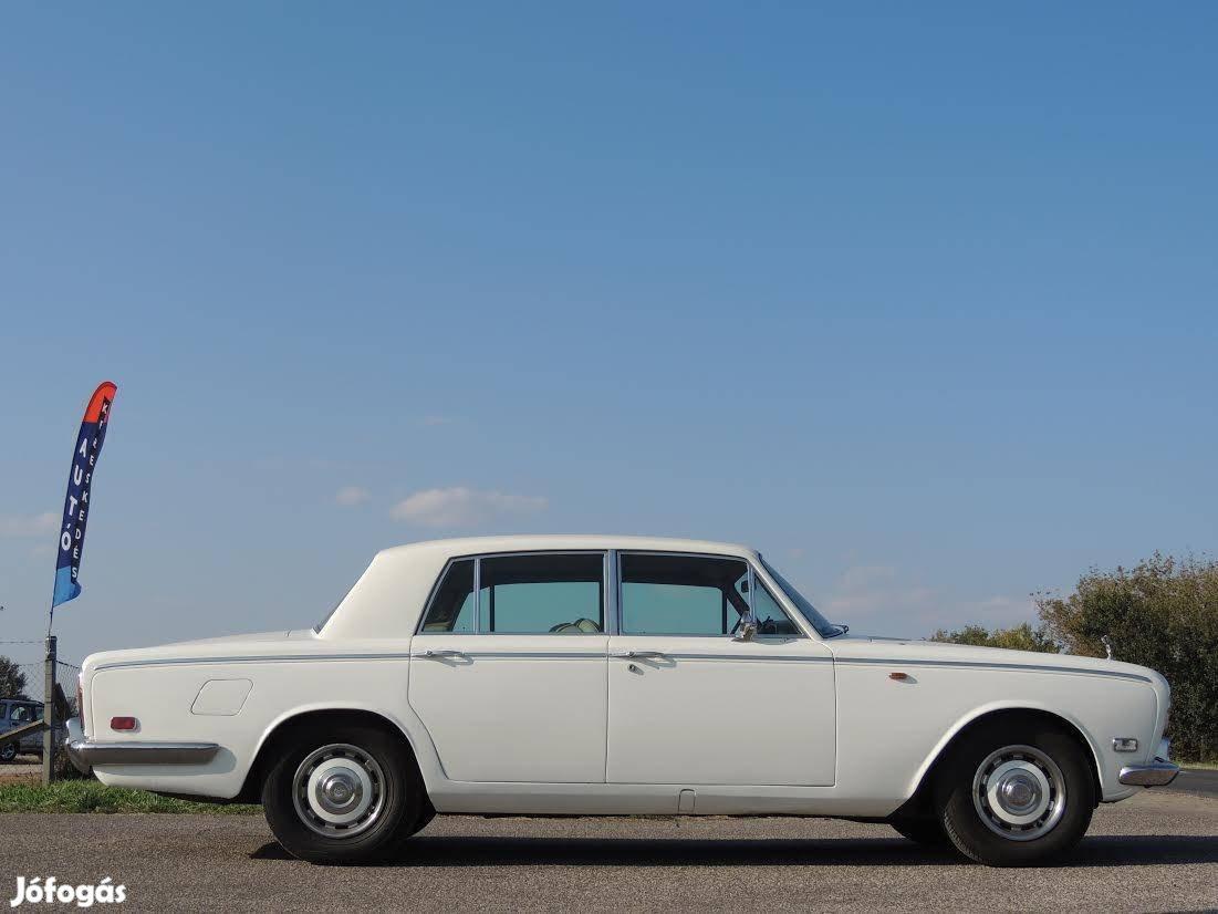 Rolls-Royce Silver Shadow Lang kivitel! Makulát...
