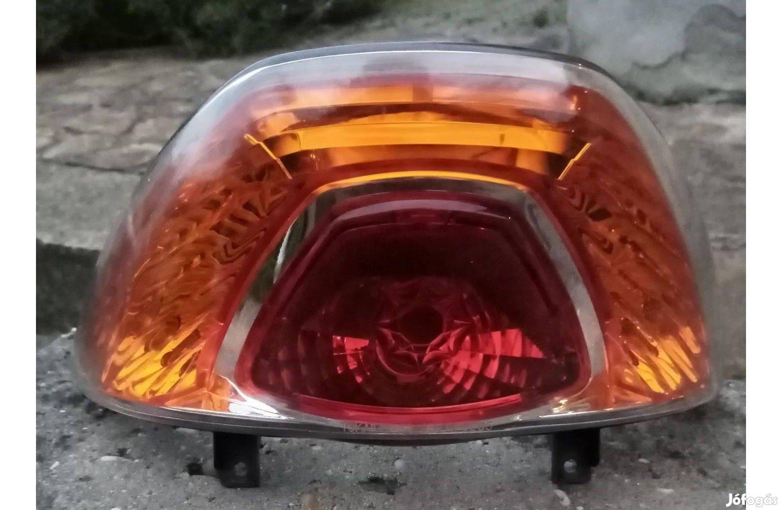 Suzuki Adress V50 g hátsó lámpa