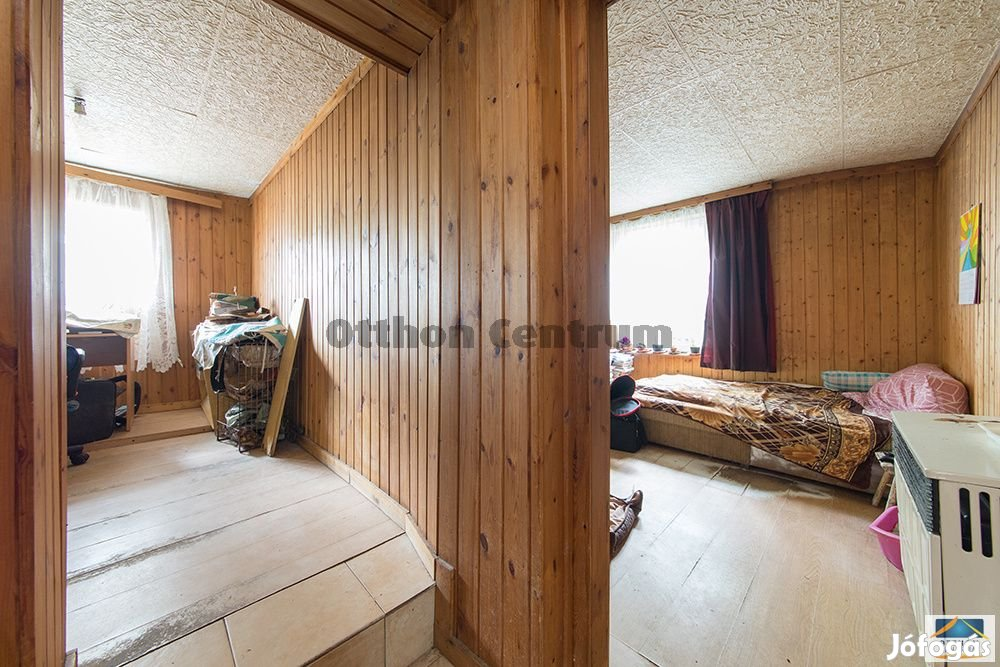 Tápiószecsői eladó tégla családi ház