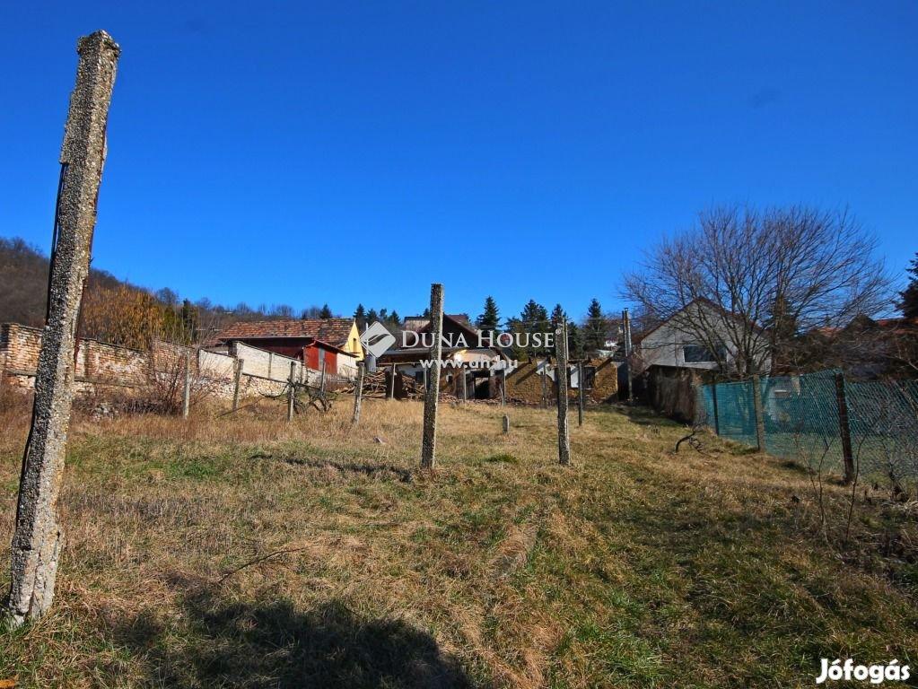 Tatabányán családi ház eladó