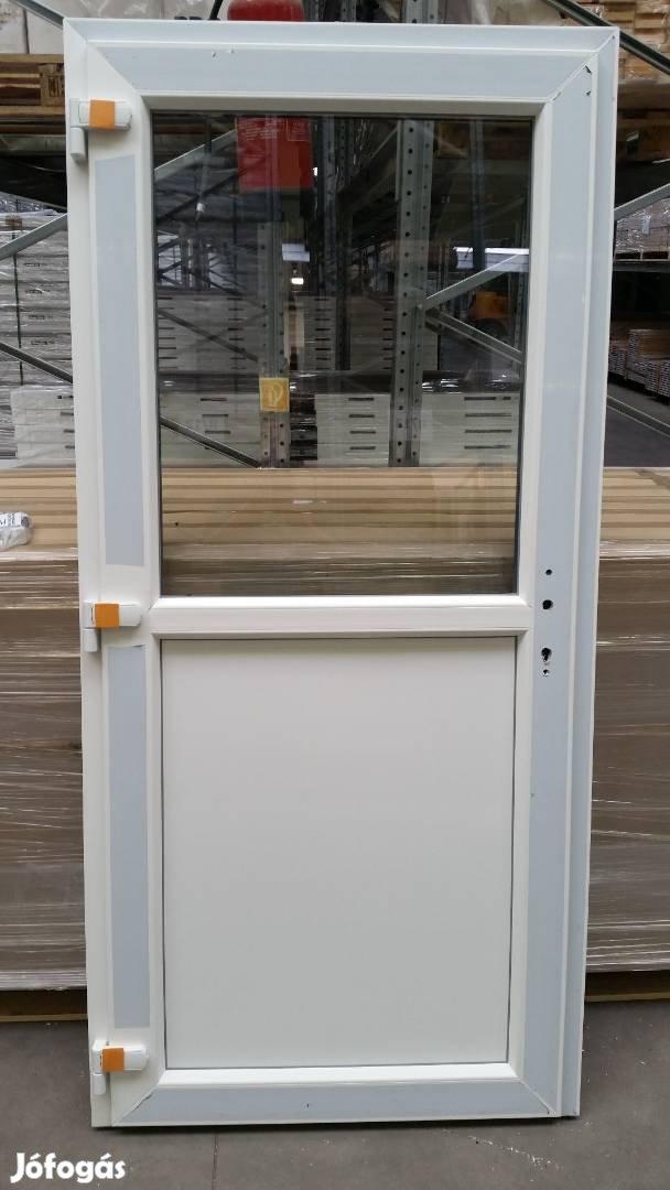 Többféle mintázatú bejárati ajtó ingyen szállítva már 48.900-tól, 4. Kép