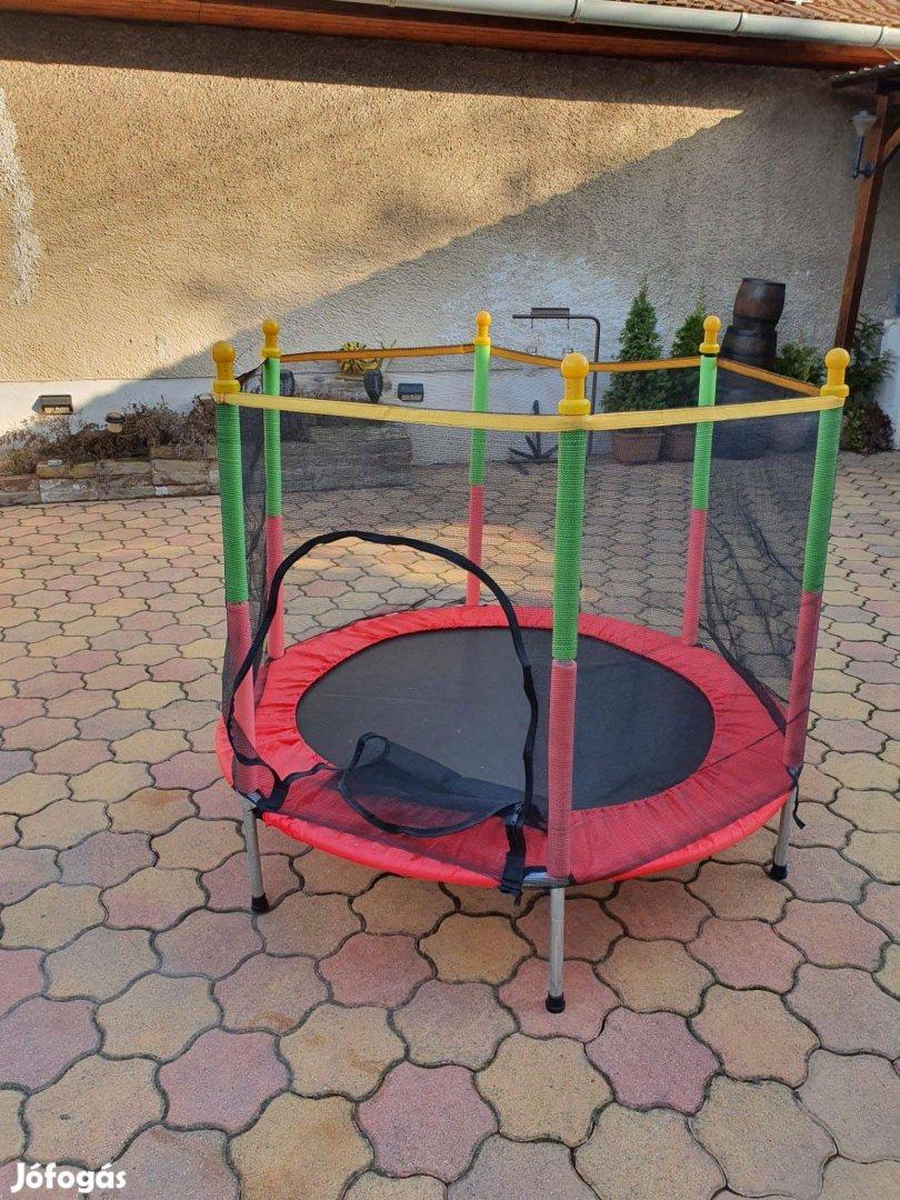 Új 140cm trambulin cipzáros védőhálóval ajtóval kék vagy piros színben