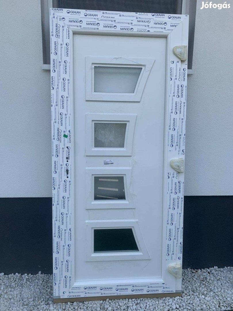 Új Gealan műanyag bejárati ajtók raktárról