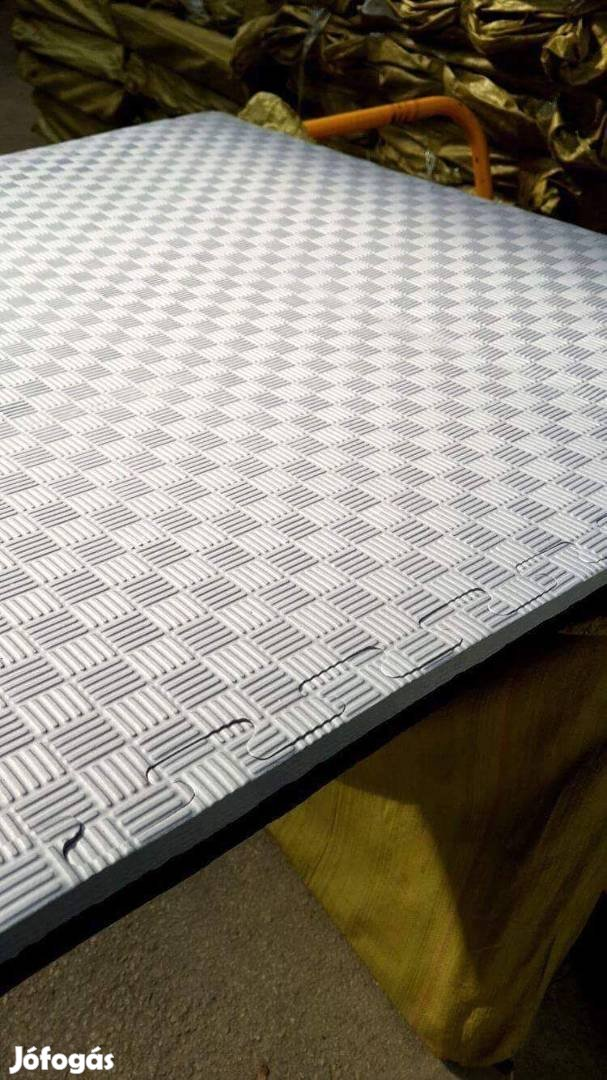 Új Puzzle tatami 1x1m 6950ft (nagy tételben is)