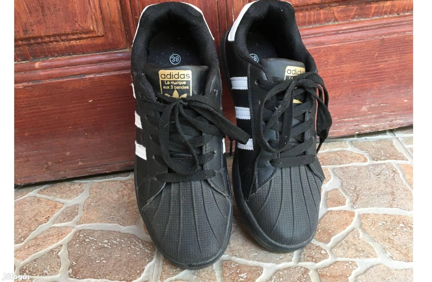 72f0c41927 Fekete-fehér Adidas superstar cipő - Jászdózsa, Jász-Nagykun-Szolnok
