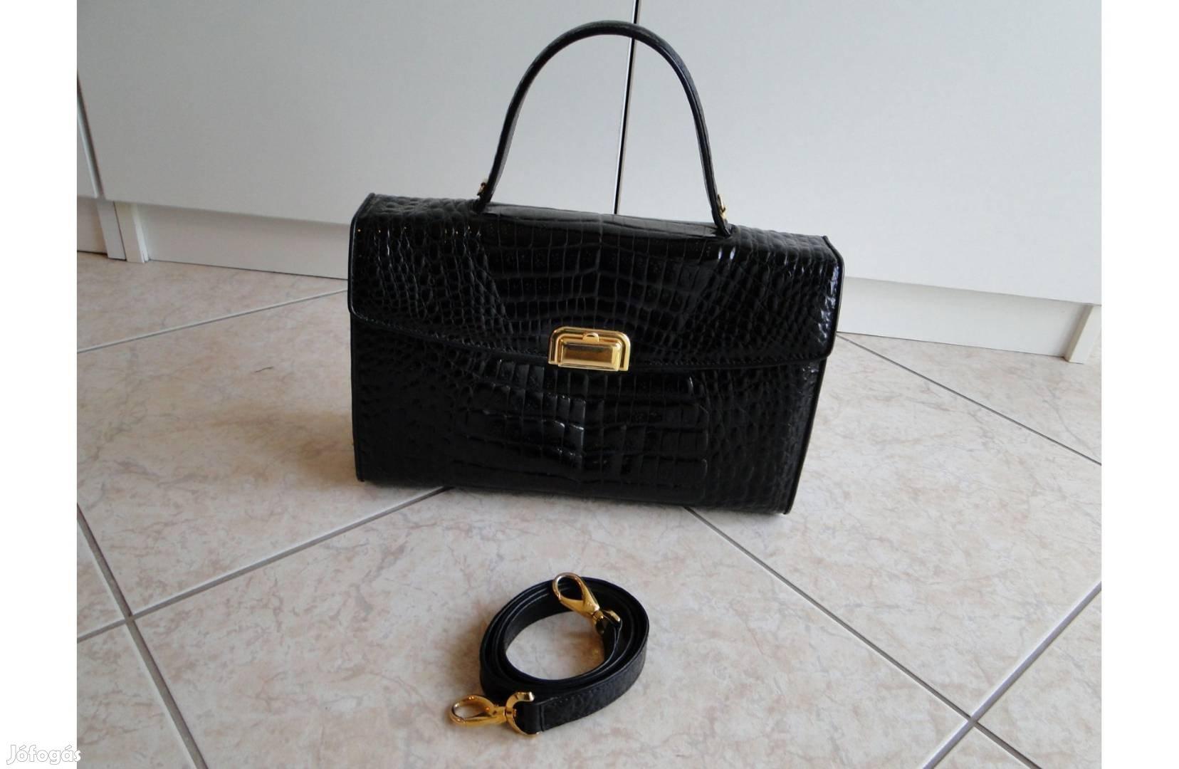 2b4edb7101b3 Fekete , Olasz / Új állapotú , kistáska , kézi táska , alkalmi is ...