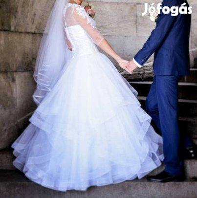 Eladó egyedileg varratott menyasszonyi ruha 4ecc02d5b5